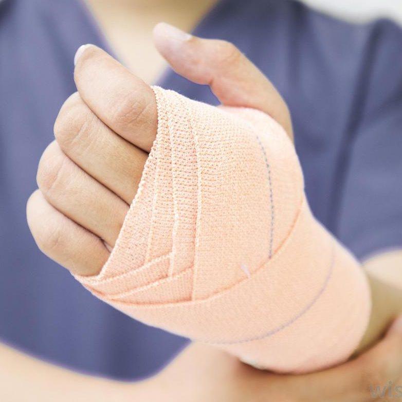 Ортопедични прегледи и лечение - Доц. Димитър Райков